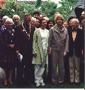 Anna  Eleanor Roosevelt and her daughter Elizabeth Johnston and mayor of Tholen, Henk  van der Munnik