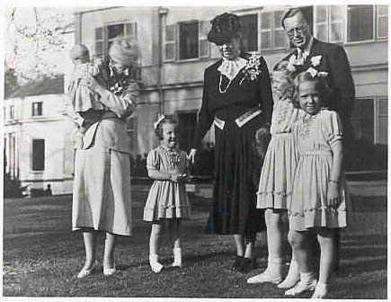 Visit to Royal family, 2 januari 1948